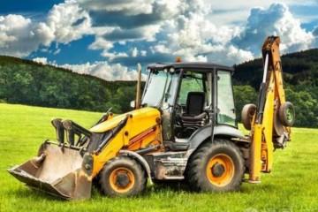 开农机要考驾驶证吗?驾驶农机有哪些注意事项?