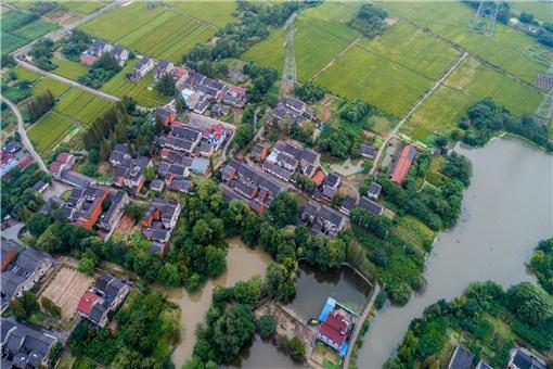 摄图网_500692253_banner_航拍农村房屋(企业商用)